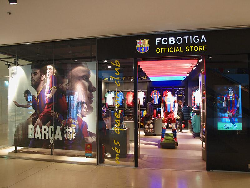 Entrada tienda FCB Maremagnum