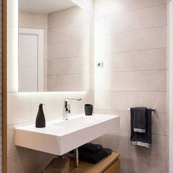Detalle lavamanos baño Espronceda/ Detall rentamans bany Espronceda